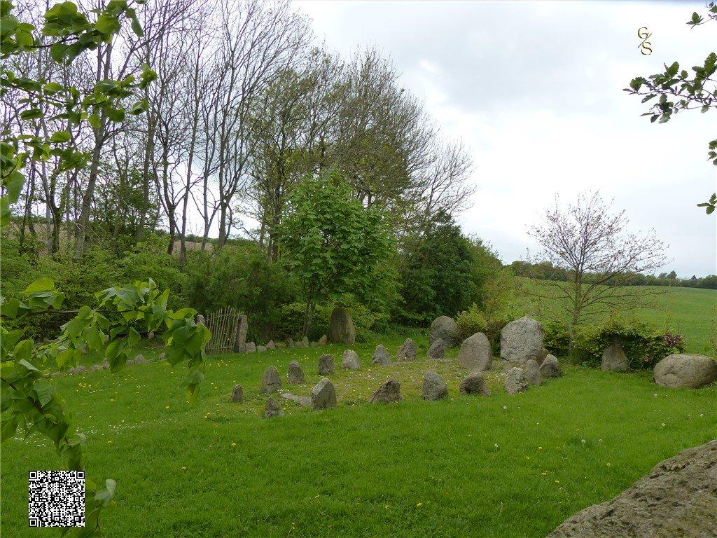 106 - Runensteenplaats Bij Stoltebüll