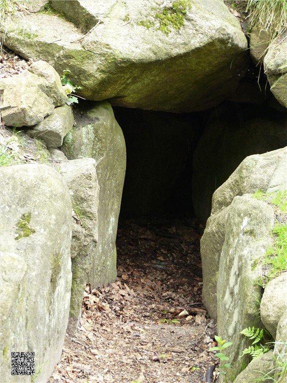 82 - Idstedter Räuberhöhle